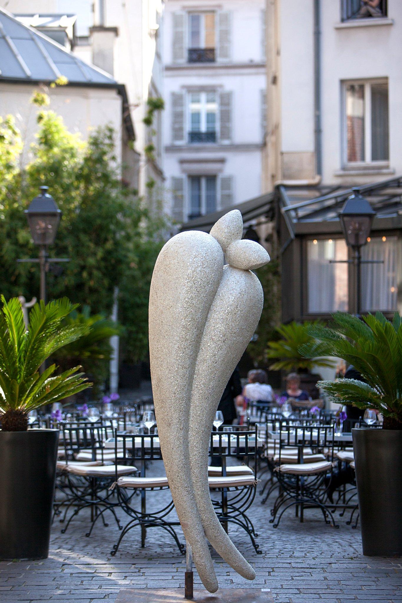 Robert Arnoux et la Galerie Caroline Tresca investissent la Cour des Jardins du Marais